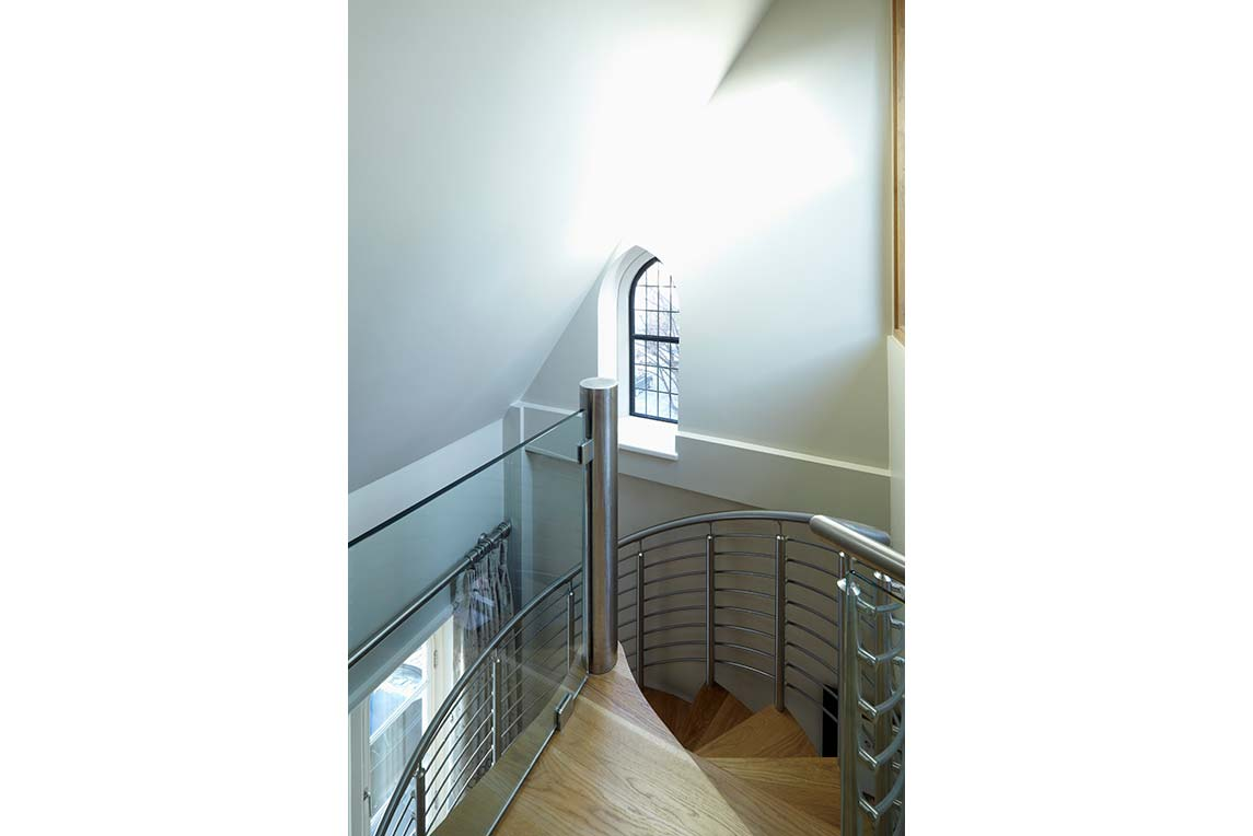 House, Kensington - Interior view - Spiral staircase design