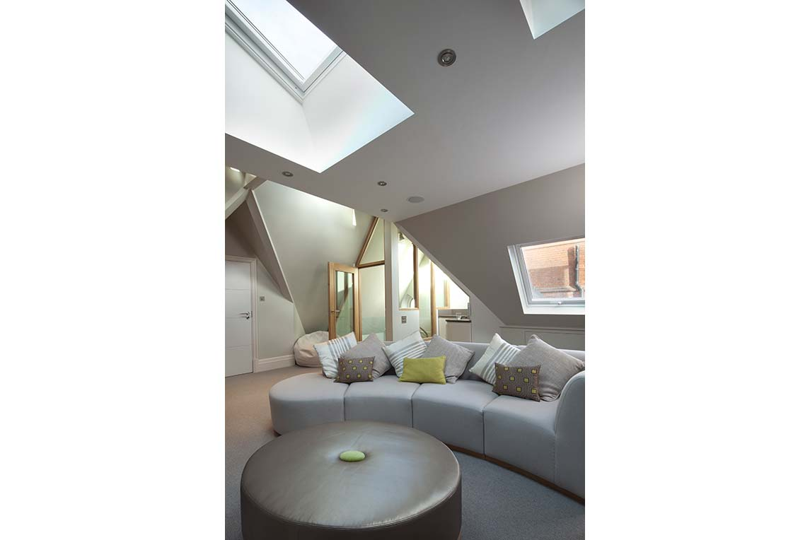 House, Kensington - Interior view - Loft space design