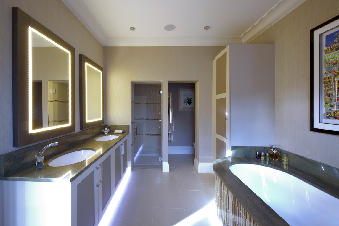 House, Kensington - Interior view - Master bathroom design